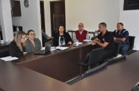 Comissão de Educação intermedia devolução do Centro de Artes