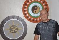Espaço GTO da Câmara mostra mandalas em madeira