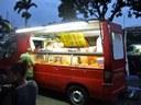 "Vereadores aprovam Lei que regulamenta ""alimentos sobre rodas/food trucks"""